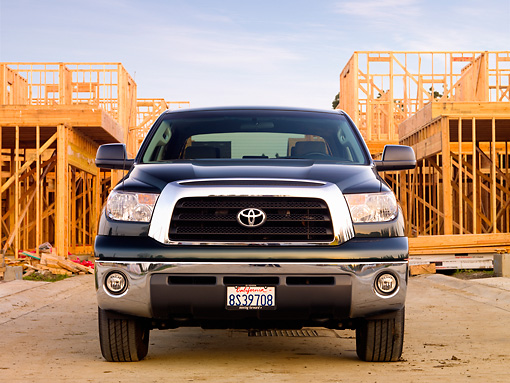 AUT 14 RK1472 01 © Kimball Stock 2008 Toyota Tundra Crewmax Green Front View On Pavement By Construction
