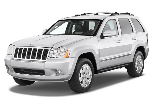 AUT 15 IZ0051 01 © Kimball Stock 2008 Jeep Grand Cherokee Limited Silver 3/4 Front View Studio