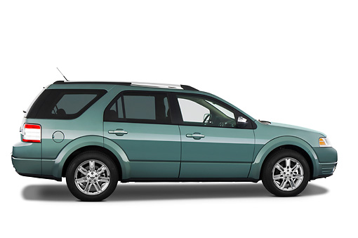 AUT 15 IZ0611 01 © Kimball Stock 2009 Ford Taurus X Limited Green Profile View Studio