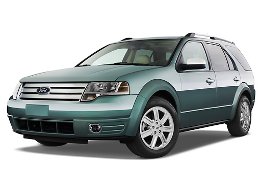 AUT 15 IZ0613 01 © Kimball Stock 2009 Ford Taurus X Limited Green 3/4 Front View Studio