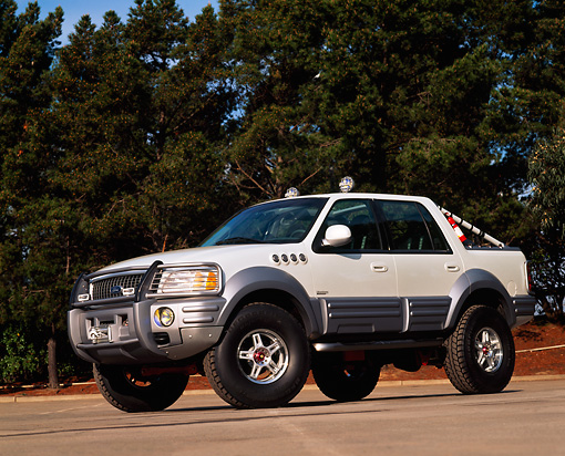 AUT 15 RK0160 02 © Kimball Stock Ford Himalaya Expedition Concept White 3/4 Front View By Trees