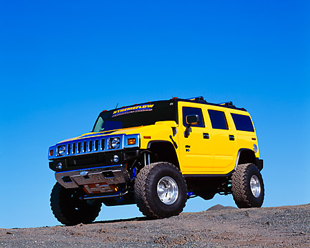 AUT 15 RK0655 01 © Kimball Stock 2003 H2 Hummer Lifted Yellow