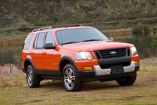 AUT 15 RK1184 01 © Kimball Stock 2008 Ford Explorer Ironman Orange 3/4 Front View By Quarry