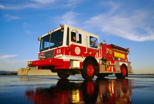 AUT 16 RK0035 01 © Kimball Stock 1992 KME P-22 Pumper #5 Fire Truck Red 3/4 Front View Low Angle By Hangar