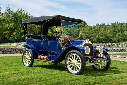 AUT 17 RK0211 01 © Kimball Stock 1911 Overland 59 Factory Touring Blue 3/4 Front View On Grass By Trees