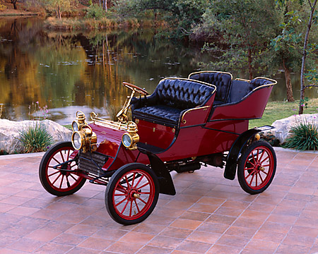 AUT 17 RK0122 01 © Kimball Stock 1903 Ford Model A Runabout Burgundy