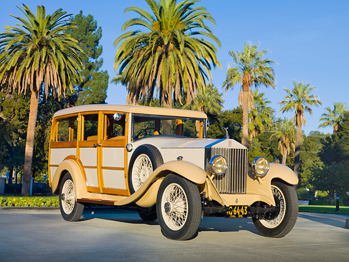 AUT 18 RK0756 01 © Kimball Stock 1929 Rolls-Royce 20 HP Station Wagon Cream 3/4 Front View On Pavement By Trees