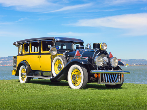 AUT 18 RK0800 01 © Kimball Stock 1929 Graham & Paige Limo Yellow And Black 3/4 Front View On Grass By Water