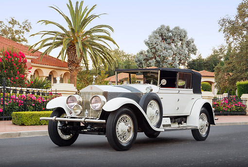 AUT 18 RK0820 01 © Kimball Stock 1927 Rolls-Royce Phantom White 3/4 Front View On Pavement By House