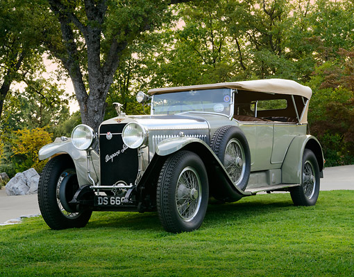 AUT 18 RK0827 01 © Kimball Stock 1923 Hispano Suiza H6B Million-Guet Touring French Gray 3/4 Front View On Grass By Trees