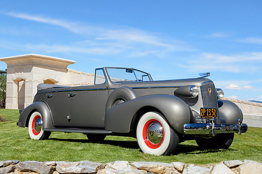 AUT 19 BK0019 01 © Kimball Stock 1937 Cadillac Series 70 Fleetwood Sedan Convertible 3/4 Front View By Wall