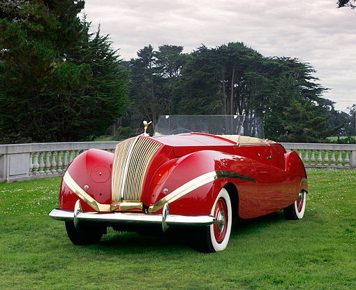 AUT 19 RK0579 01 © Kimball Stock 1939 Rolls-Royce Phantom III Labourdette Drophead Red 3/4 Front View On Grass By Trees