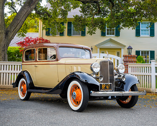 AUT 19 RK1199 01 © Kimball Stock 1933 Chevrolet Master Eagle Series CA Coach Beige 3/4 Front View By House And Tree