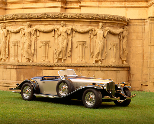 AUT 19 RK0028 01 © Kimball Stock Montillier Roadster 3/4 Front View On Grass By Palace Of Fine Arts