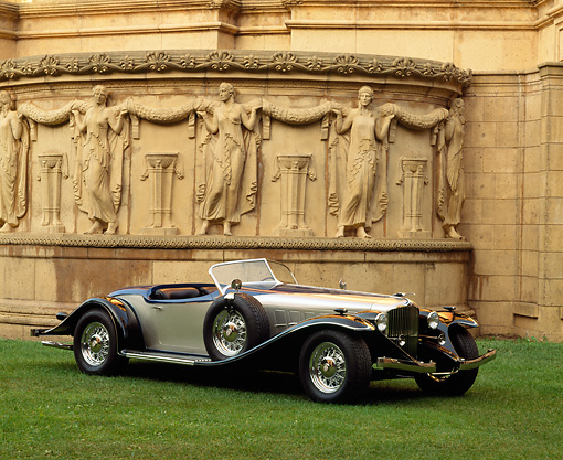AUT 19 RK0028 04 © Kimball Stock Montillier Roadster 3/4 Front View On Grass By Palace Of Fine Arts