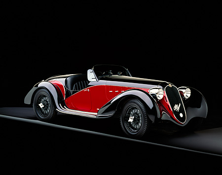 AUT 19 RK0077 10 © Kimball Stock 1939 Alfa Romeo 2500 Super Sport 6C Red And Black 3/4 Side View On Gray Line Studio