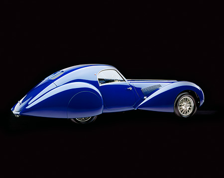 AUT 19 RK0168 04 © Kimball Stock 1939 Talbot Lago 150C-SS Aerodynamic Coupe 3/4 Rear View Studio
