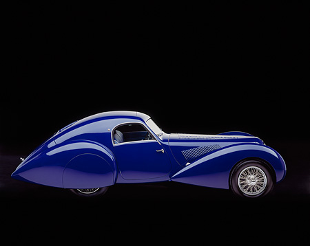 AUT 19 RK0170 05 © Kimball Stock 1939 Talbot Lago 150C-SS Aerodynamic Coupe Blue Side View Studio