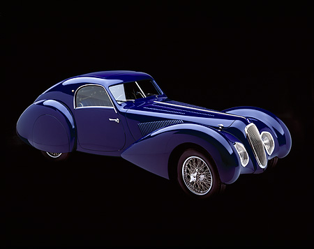 AUT 19 RK0172 08 © Kimball Stock 1939 Talbot Lago 150C-SS Aerodynamic Coupe Blue 3/4 Side View Studio