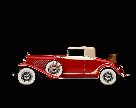 AUT 19 RK0231 05 © Kimball Stock 1932 Auburn Cabriolet Red Profile Studio