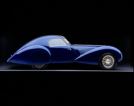 AUT 19 RK0319 06 © Kimball Stock 1939 Talbot Lago 150C-SS Aerodynamic Coupe Blue Profile On Gray Line Studio