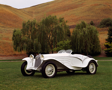 AUT 19 RK0346 02 © Kimball Stock 1931 Alfa Romeo 6C 1750 GS Flying Star White 3/4 Side View On Grass By Building With Columns