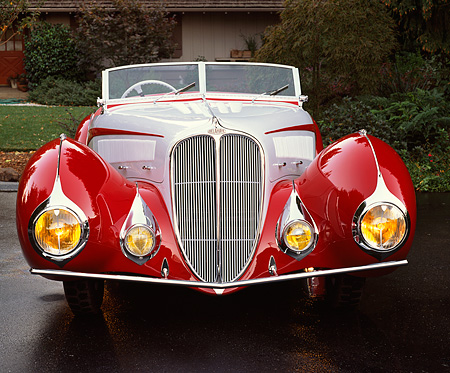 AUT 19 RK0374 01 © Kimball Stock 1937 Delahaye Type 135 Competition Court built by Figoni and Falaschi Red And Gray Head On