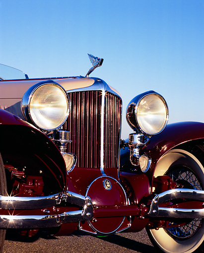 AUT 19 RK0544 02 © Kimball Stock 1931 Cord L29 Speedster Burgundy And Beige Grille And Headlights Detail