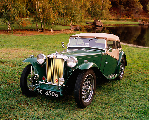 AUT 20 RK0266 01 © Kimball Stock 1948 MG TC Roadster Green And Tan