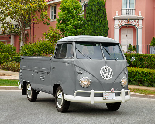 AUT 21 RK1204 03 © Kimball Stock 1959 VW Single Cab Type II Gray 3/4 Front View On Pavement By House