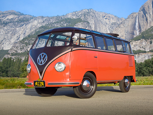 AUT 21 RK3164 01 © Kimball Stock 1954 Volkswagen Deluxe Microbus Sealing Wax Red And Chestnut Brown 3/4 Front View On Pavement By Mountains