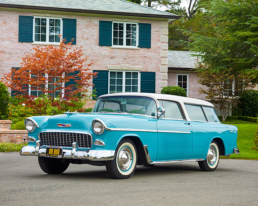 AUT 21 RK3665 01 © Kimball Stock 1955 Chevrolet Nomad Teal And White 3/4 Front View By House