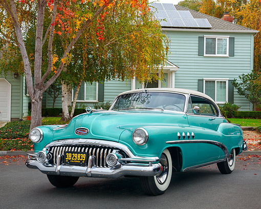 AUT 21 RK3704 01 © Kimball Stock 1951 Buick Eight Roadmaster 3/4 Front View By House And Tree