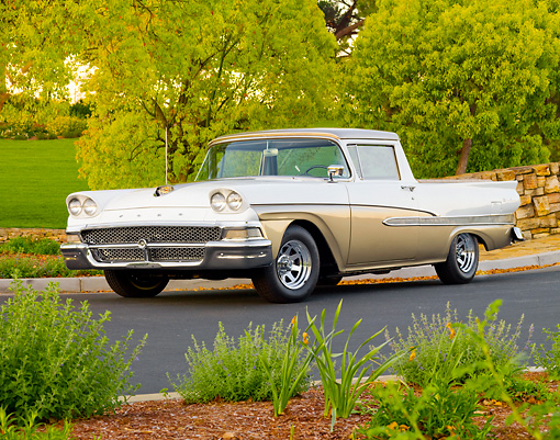 AUT 21 BK0010 01 © Kimball Stock 1958 Ford Ranchero White And Bronze 3/4 Front View On Pavement By Trees