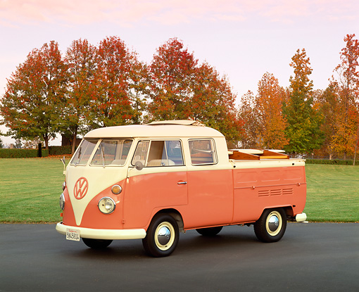 AUT 22 RK1282 03 © Kimball Stock 1967 Volkswagen Crew Cab With Sunroof Peach And White 3/4 Front View On Pavement By Grass And Fall Trees