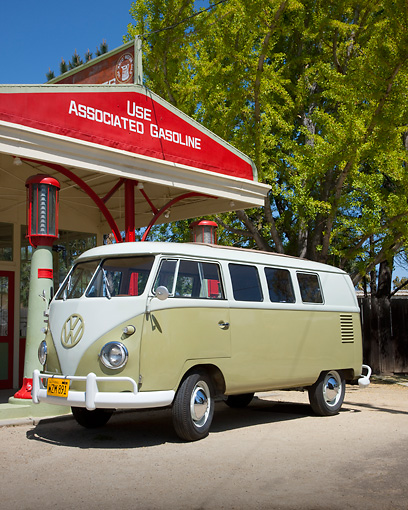 AUT 22 RK3015 01 © Kimball Stock 1960 Volkswagen Kombi Microbus Green And Gray 3/4 Front View By Gas Station