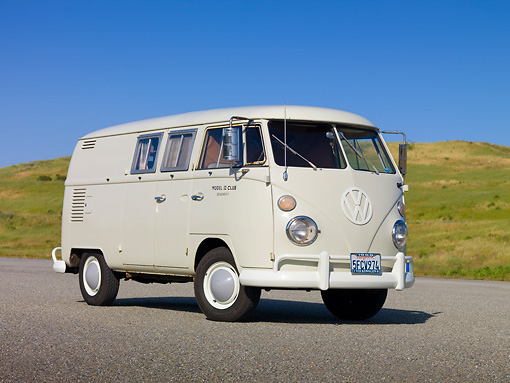 AUT 22 RK3018 01 © Kimball Stock 1966 VW Sundial Camper Pearl White 3/4 Front View On Pavement By Grassy Hill