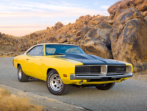 1969 Dodge Charger Yellow And Black 3/4 Front View On Pavet By ...