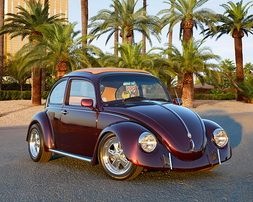 AUT 22 RK3551 01 © Kimball Stock 1968 Volkswagen Bug Burgundy 3/4 Front View On Pavement By Palm Trees