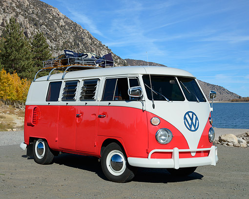 AUT 22 RK3575 01 © Kimball Stock 1967 Volkswagon Bus Split Window Red And White 3/4 Front View On Pavement