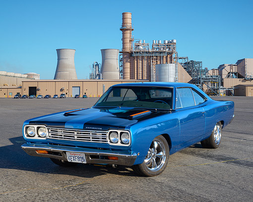 AUT 22 RK3603 01 © Kimball Stock 1968 Plymouth Road Runner Blue 3/4 Front View On Pavement By Factory