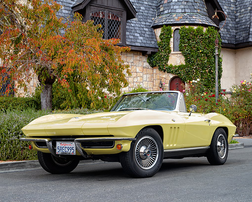 AUT 22 RK3662 01 © Kimball Stock 1966 Chevrolet Corvette Roadster Convertible Sunfire Yellow 3/4 Front View By Mansion