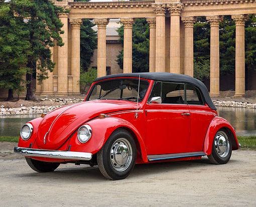 AUT 22 RK3768 01 © Kimball Stock 1968 Volkswagen Beetle Convertible Red 3/4 Front View By Pond And Columns