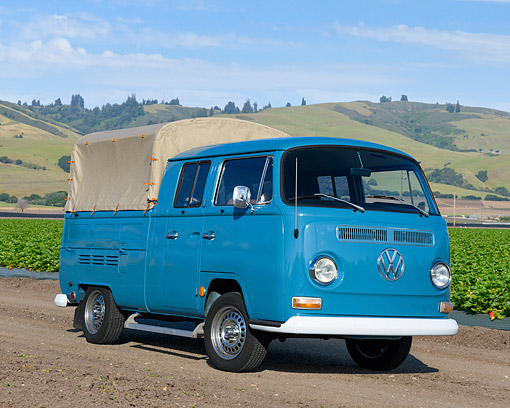 AUT 22 RK3769 01 © Kimball Stock 1968 Volkswagen Doublecab  Pickup Bus Blue 3/4 Front View On Farm