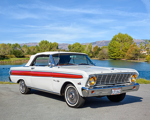 AUT 22 RK3810 01 © Kimball Stock 1964 Ford Falcon Sprint V8 Convertible White With Red Stripe 3/4 Front View By Lake