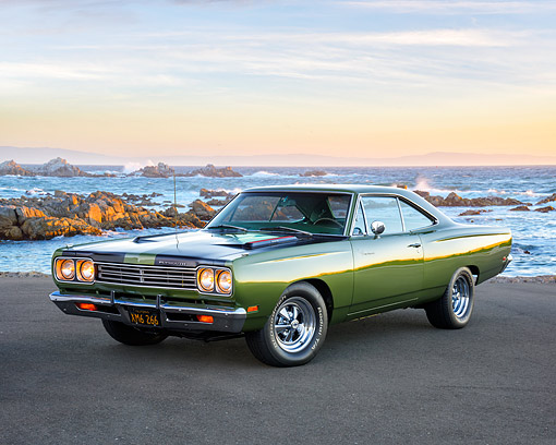 AUT 22 RK3828 01 © Kimball Stock 1969 Plymouth Road Runner 383 Green 3/4 Front View By Ocean