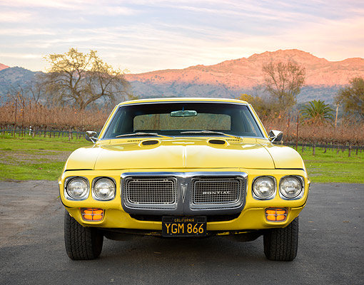 AUT 22 RK3853 01 © Kimball Stock 1969 Pontiac Firebird 400 H.O. Yellow Front View By Hills