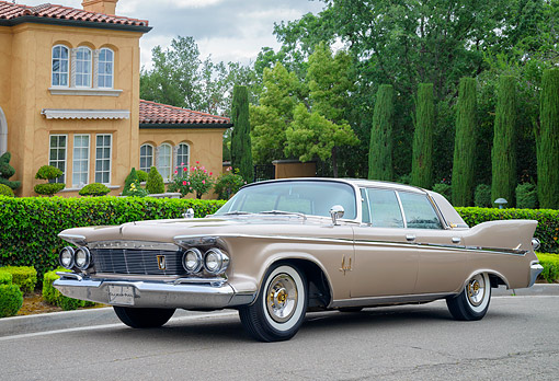 AUT 22 RK3880 01 © Kimball Stock 1961 Imperial LeBaron Beige 3/4 Front View By Mansion