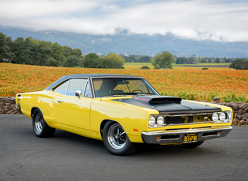 AUT 22 RK3900 01 © Kimball Stock 1969 Dodge Super Bee 440 Six Pack Yellow 3/4 Front View By Vineyard