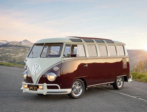 AUT 22 RK3906 01 © Kimball Stock 1963 Volkswagen Bus Deluxe White And Maroon 3/4 Front On Road By Mountains